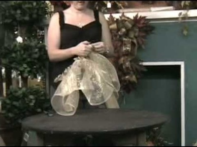 Making a Abaca Angel holiday decoration at Keen's Floral Outlet, Scranton, PA