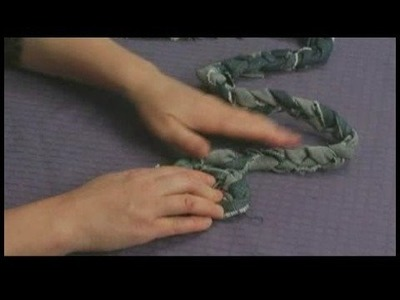 Making Area Rugs From Recycled Jeans : Braided Jeans Rug: Setting up for Coiling