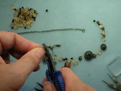 Beaded Pendant Necklace Tutorial