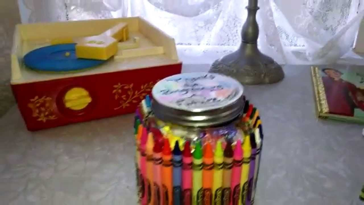 DIY Teacher Gifts, Crayola Glass Jar - LOVE it!