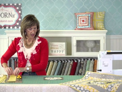 How to Make a Quick DIY Quilt Bloom Tabletopper | ADORNit