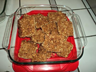 DIY Homemade Crunchy Peanut Butter Granola Bars! ~Homesteading Ways
