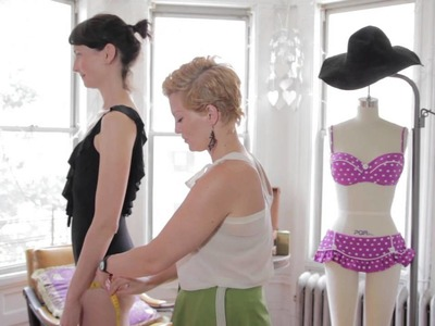 How to Measure for a Swimsuit : Swimsuit Fashion