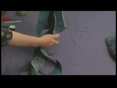 Making Area Rugs From Recycled Jeans : Braided Jeans Rug: Preparing Strips