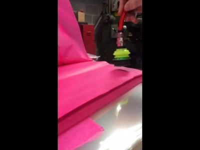 Pick and place of tissue paper with vacuum pump and suction cup - Piab