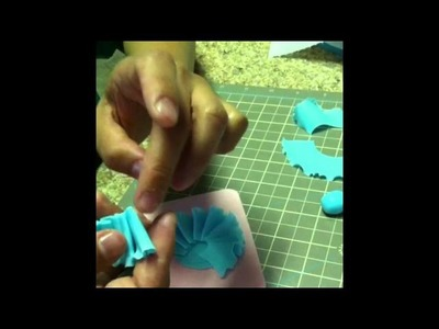 How To Make Ruffle Flowers Part 1
