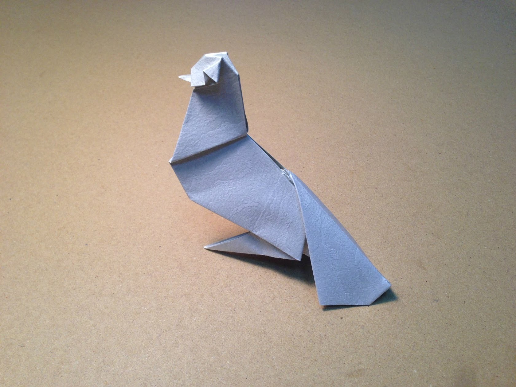 Folding Paper How to make an Origami Dove [Youtube]