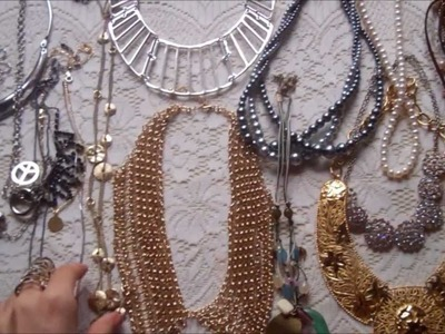 DIY: Necklace & Belt Organizer