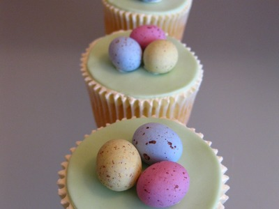 How to Make Easter Cupcakes (2) - Easter Egg Cupcakes