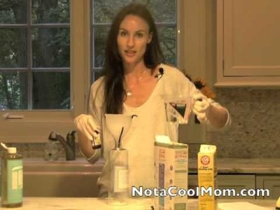 Make Your Own Natural, Non-Toxic All Purpose Cleanser (DIY) Natural Cleaners