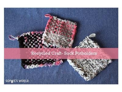 An Upcycled Sock Potholder|sophie-world.com