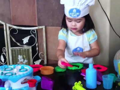Kiara mei - cooking show - play Doh cake