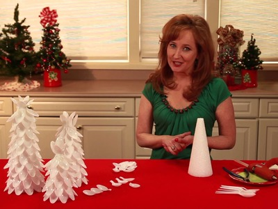 Christmas Tree Made From Plastic Spoons : Christmas Decorating 101