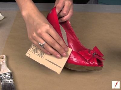 How to Make Chalkboard Painted Pumps