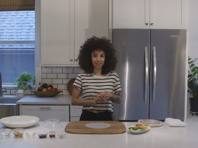 Nikisha Shows You How to Make Vegetarian Spring Rolls w. Peanut Dipping Sauce (Raw & Vegan Friendly)