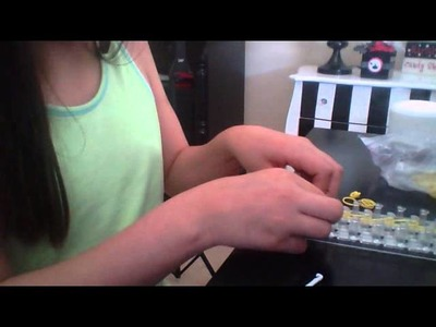 Rainbow loom:How to take off the triple single (easy)