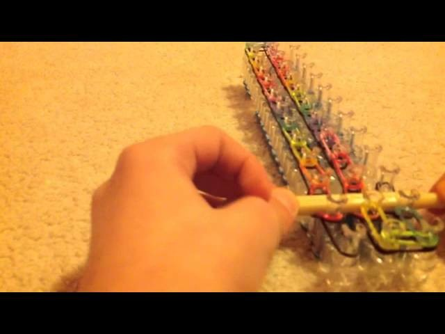 Rainbow loom single cap link chain (favorite bracelet)