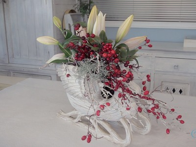 Floristry Tutorial: Swan Christmas Table Centrepiece