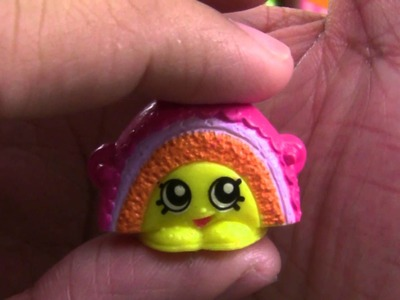 Shopkins with Rainbow Bite, Chop-Elli, Spilt Milk, Dollops and Wobbles