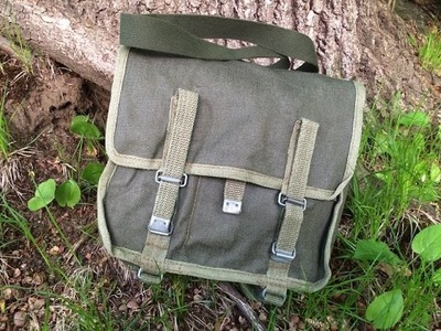 Bushcrafting Kit: What I Have In My Bushcraft Bag - Benchmade, Bahco, and More