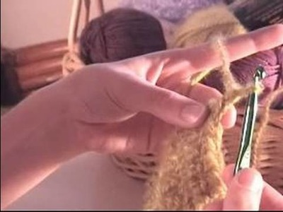 How to Crochet a Scarf : How to Crochet a Scarf: Next Row