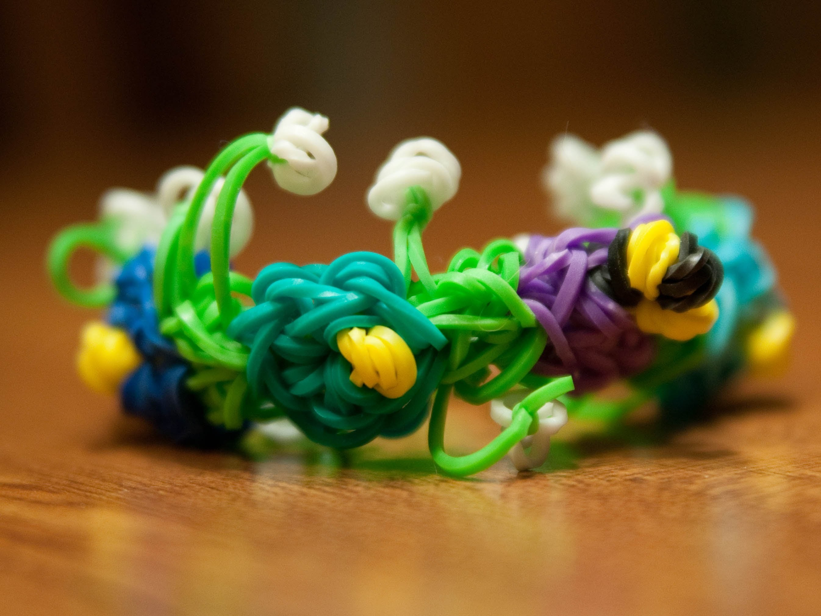 Rainbow Loom Flower Garden Bracelet *NEW*