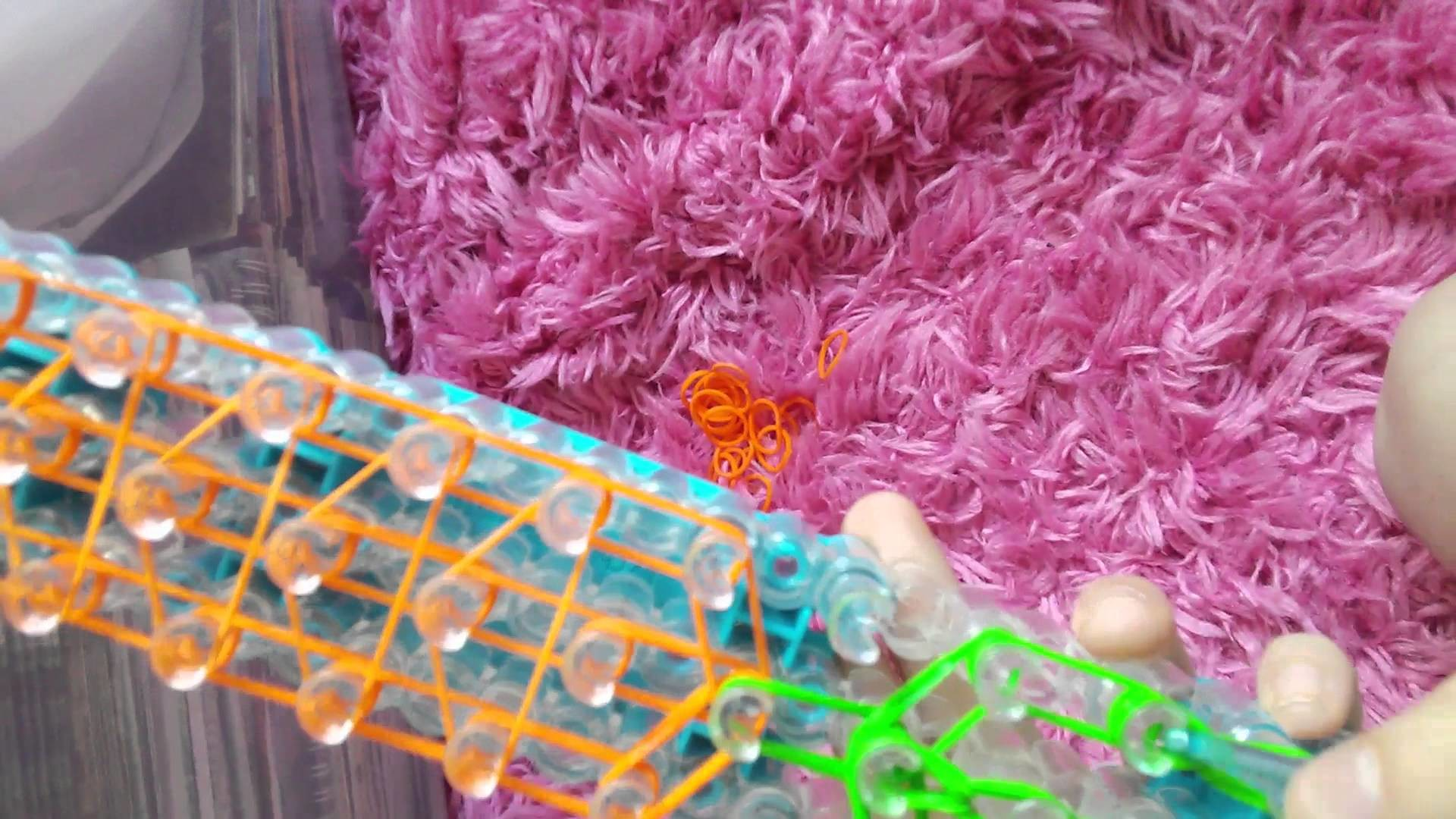 Rainbow loom carrot