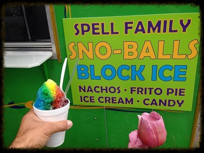 Perfect Rainbow Snowball Snow Cone Master Makes Delicious Frozen Treats in Livingston Louisiana