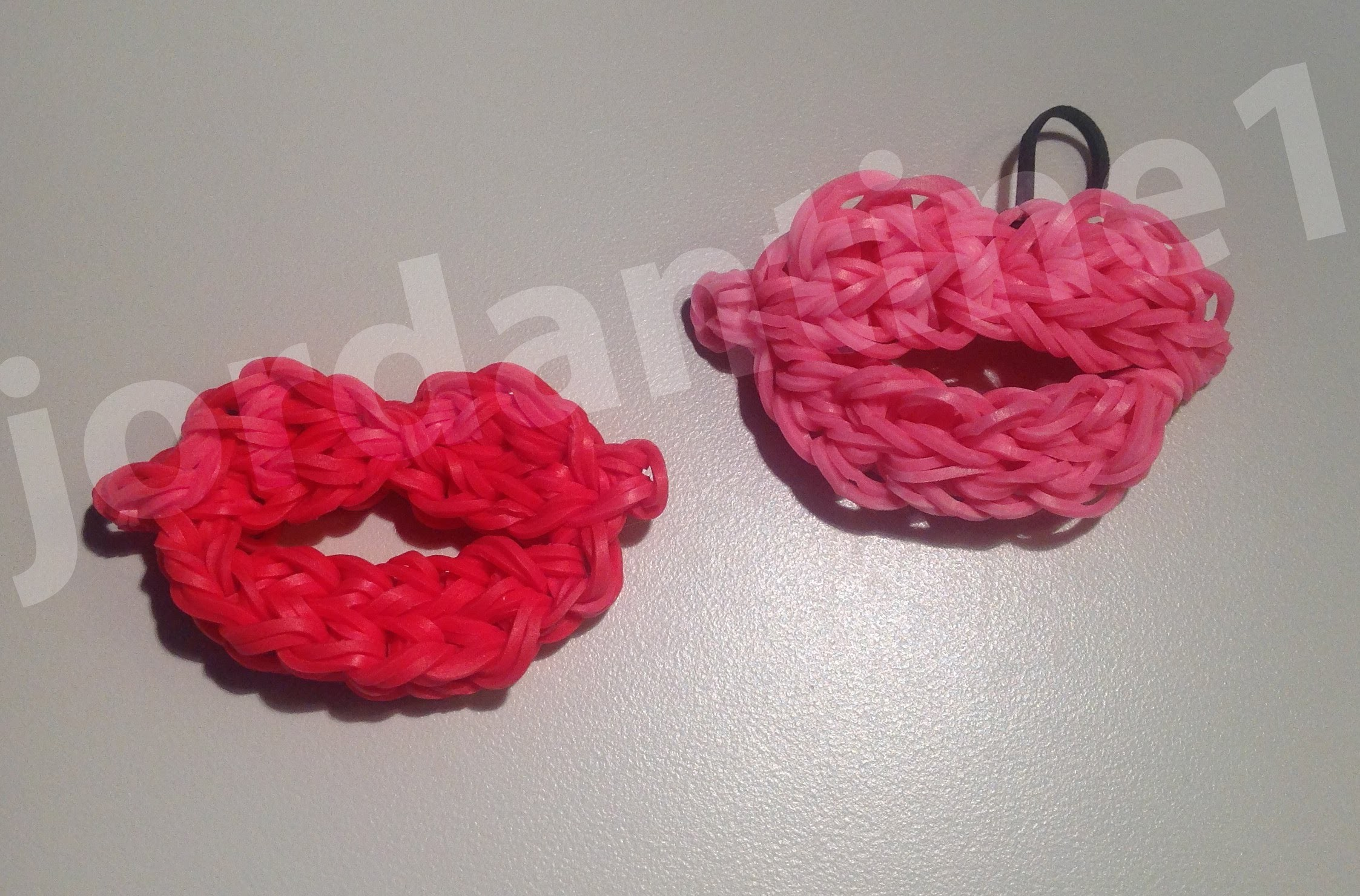 How To Make A Rainbow Loom Pair Of Lips Charm - Valentine's Day Kiss