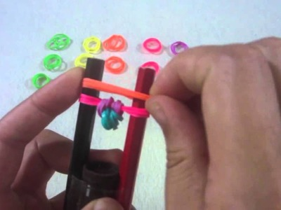 How To Make Rainbow Loom Bracelet Designs without a Loom - Rubber Band Bracelets (HOW TO MAKE)