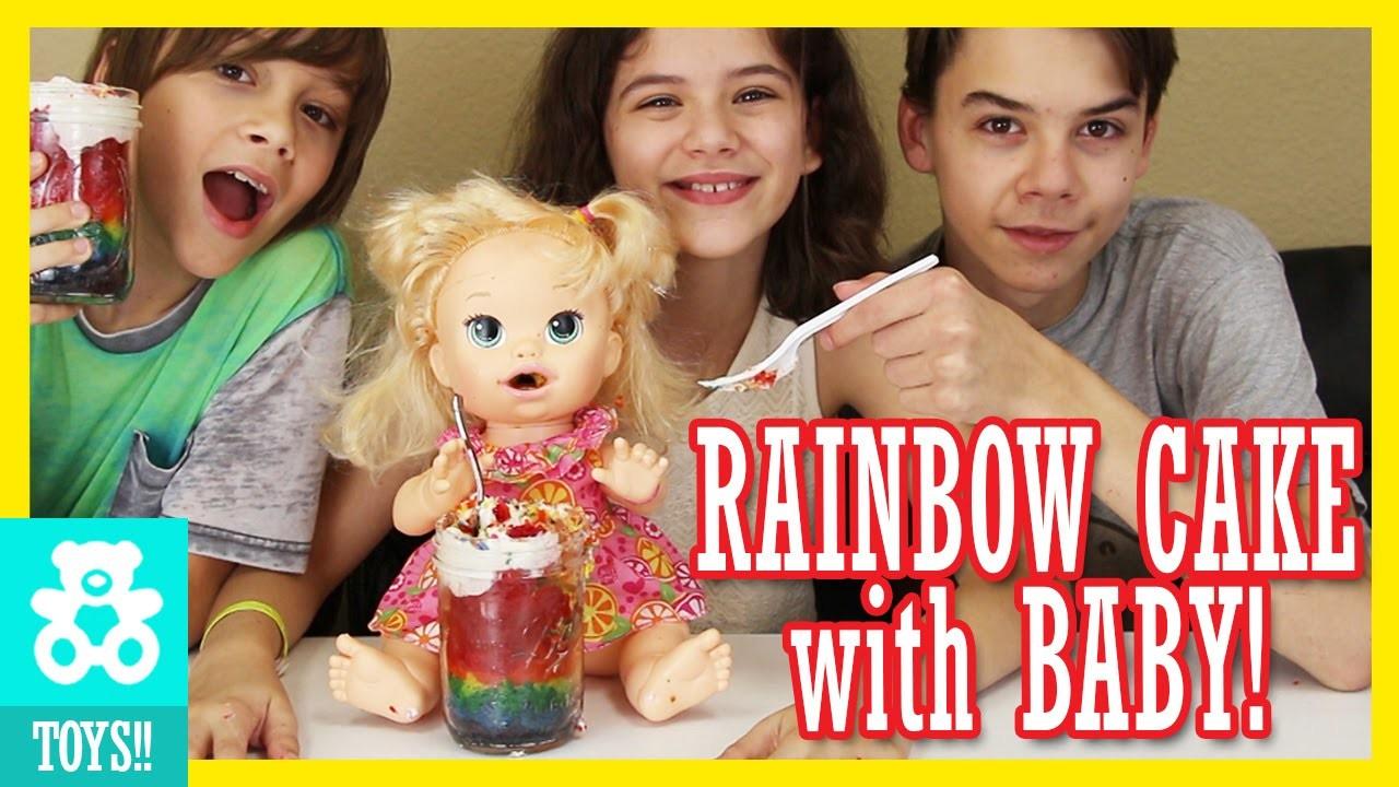 BABY ALIVE EATS RAINBOW CAKE IN A JAR! | KITTIESMAMA