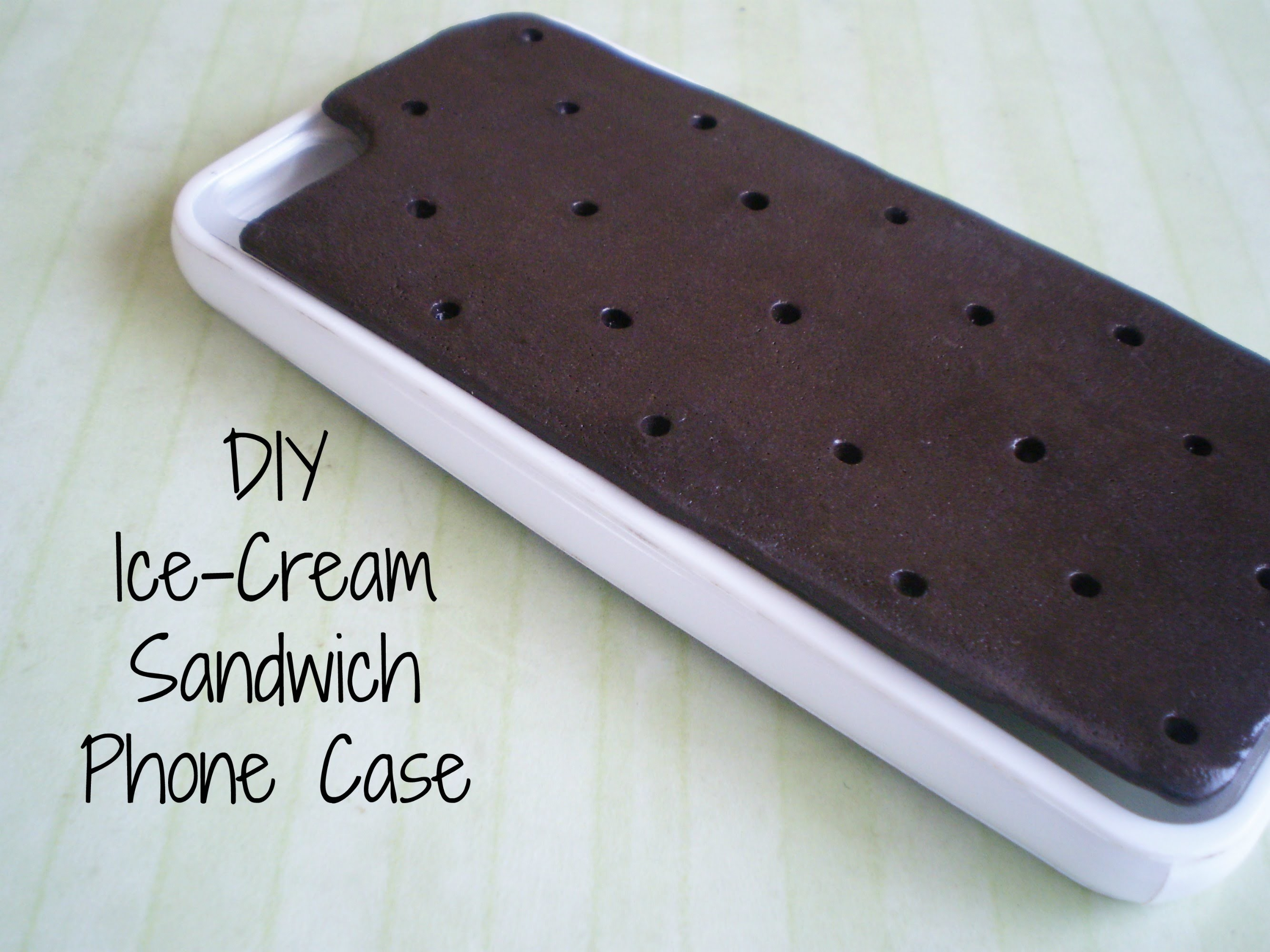 DIY Icecream Sandwich Phone Case!
