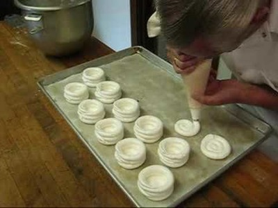 The Dutch Epicure Shop - Making Meringues