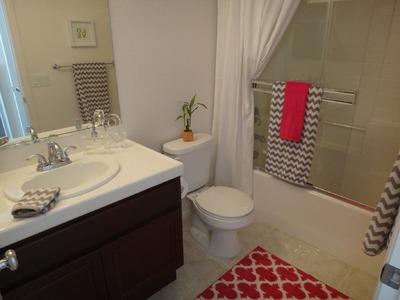 Girl's Bathroom Decor - Tour and Organization