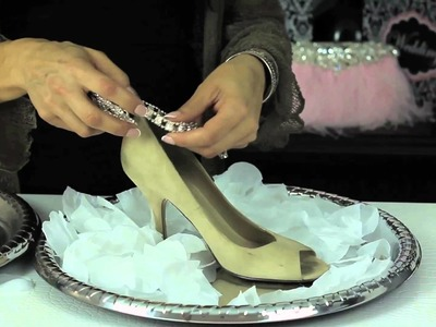 Budget DIY Shoes for a Bride : Glam Up Your Shoes