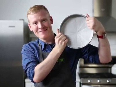 How to Line a Round Cake Pan Perfectly Every Time
