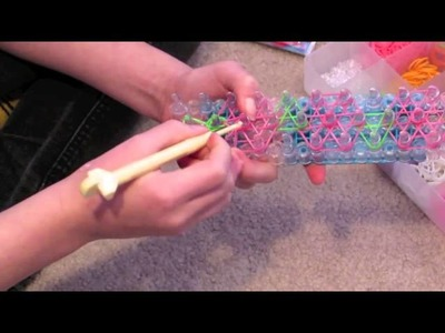 Rainbow Loom ROSE VINE bracelet (by Sophia)