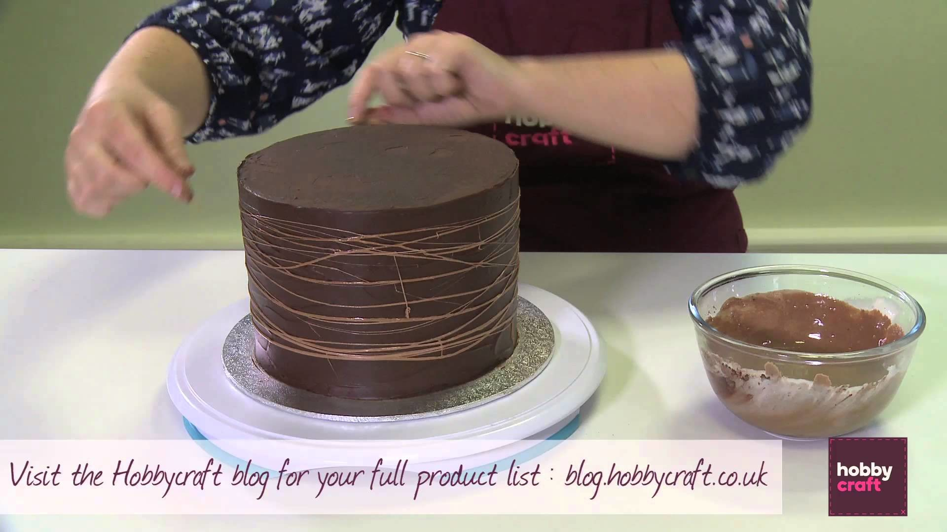 How to Make a Chocolate Easter Cake | Hobbycraft