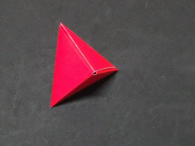 How to make an origami Tetrahedron