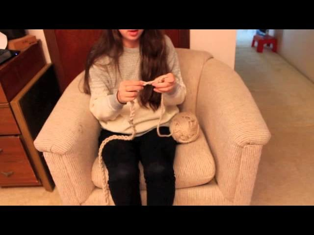 Finger Knitting an Infinity Scarf