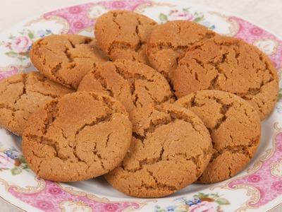 Easy Homemade Gingersnap Cookies