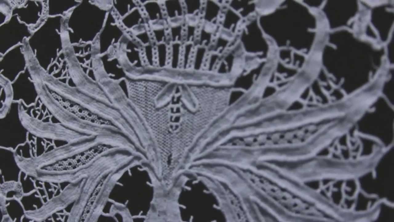 Frau Berg accessories • Lace Renaissance