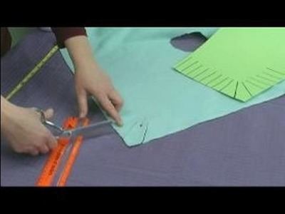 No-Sew Fleece Ponchos : Cutting the Fringes for a Child's Poncho