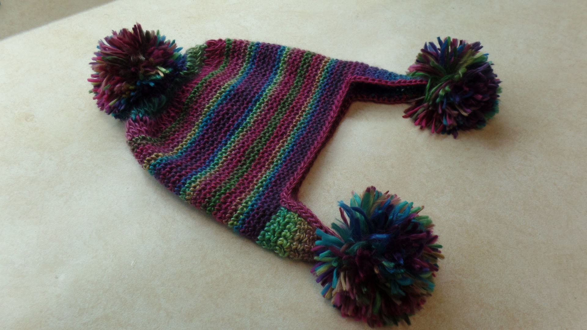 #Crochet Womens PomPom Hat Beanie TUTORIAL