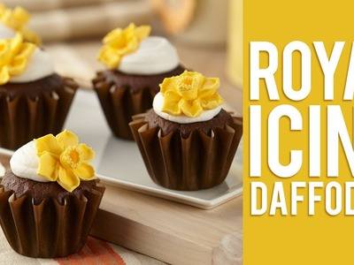 How to Make Royal Icing Daffodil Flowers