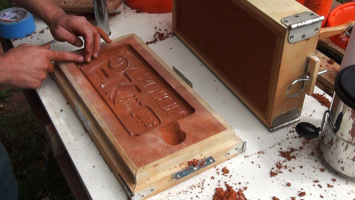 Casting an Aluminum Sign, Sand Molding and Finishing   5k Part 2