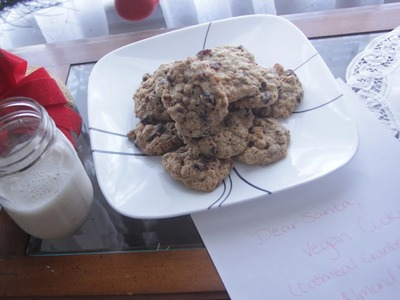 Vegan Santa Cookies | Oatmeal Cranberry Cookie Recipe