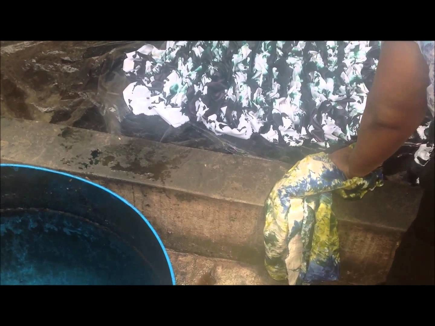 Our Handbag Story: How our Tie and Dye (Marbled fabric) is Made