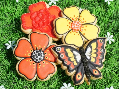 Butterfly Cookie decorating tutorial - Color flow icing