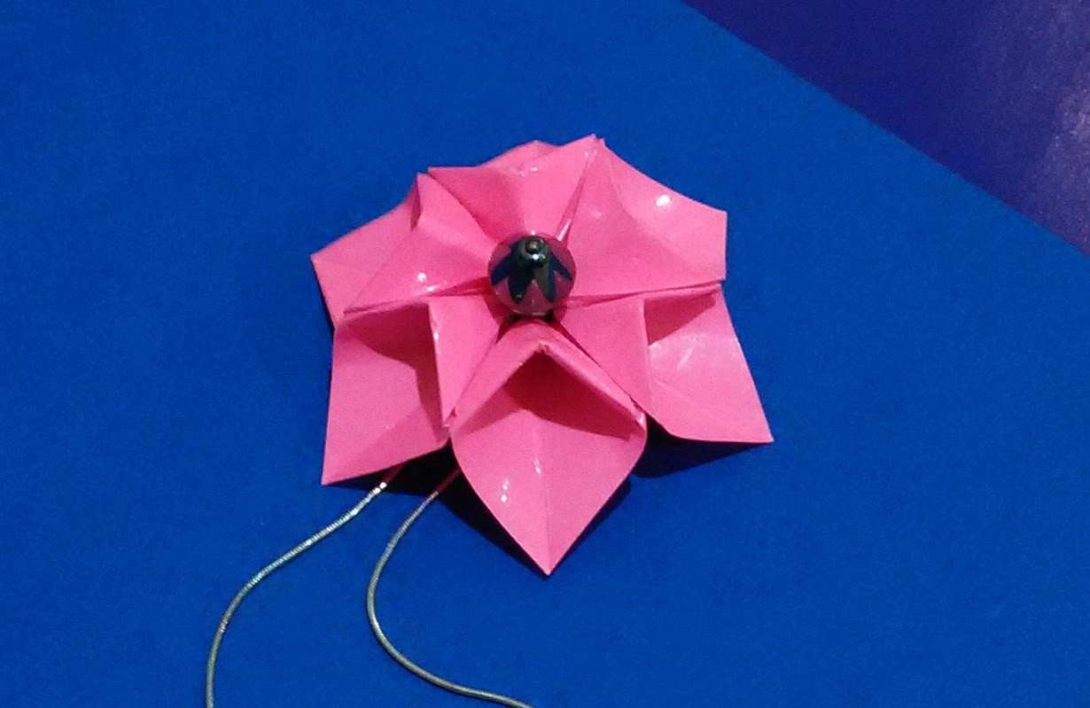 EASY Origami  flower -  necklace. 3d origami flower.  Origami fashion jewelry